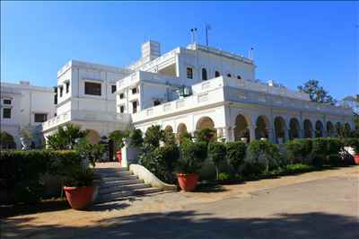 Beautiful Location of Baradari Heritage Hotel