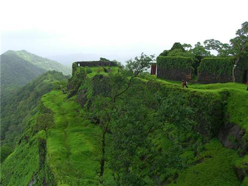 Famous Forts near Pune