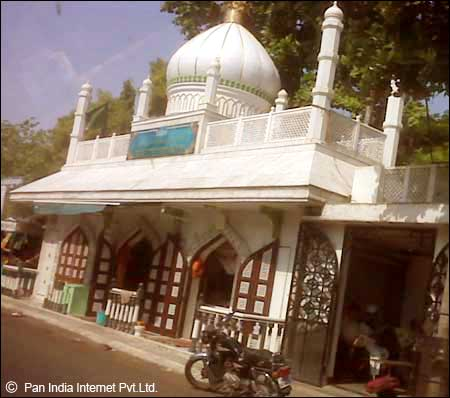 Hazrat Babajan Dargah