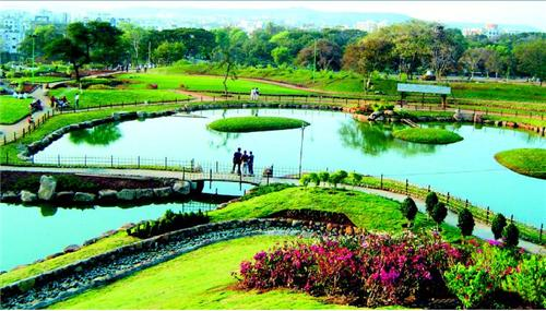 Plan One Day Trip in Pune for Couple