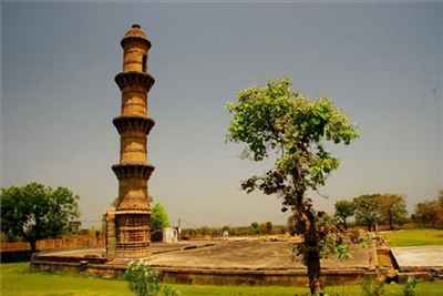 http://im.hunt.in/cg/raichur/City-Guide/m1m-raichur-tourism3.jpg