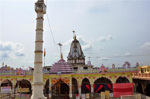 Shri Chandra Prabhu Digambar jain Atishaya Kshetra Dehra Tijara