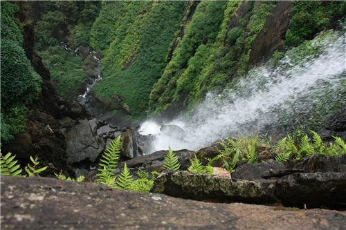 Onake Abbi Falls in Shimoga