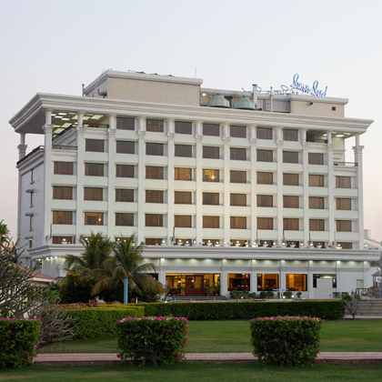 Sun n Sand Hotel in Shirdi