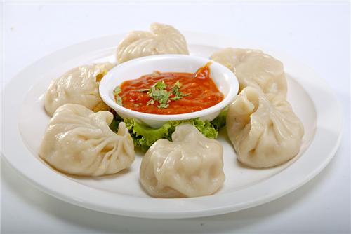 ... momos. Momo, momo and momo.. this is the unforgettable thing about
