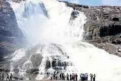 http://im.hunt.in/cg/tel/Adilabad/City-Guide/m1m-Kuntala_Waterfalls11.jpg