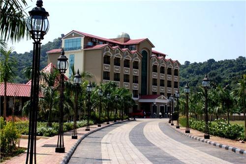Thane Hotels