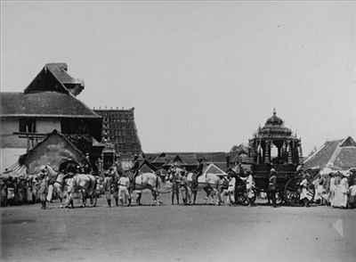 http://im.hunt.in/cg/thiruvananthapuram/City-Guide/m1m-travancore_procession.jpg
