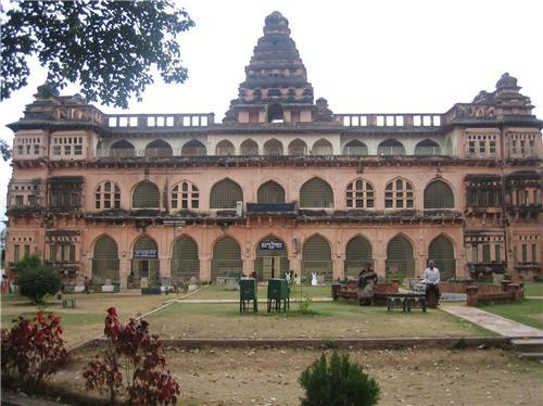 Tourist place near chandragiri Fort
