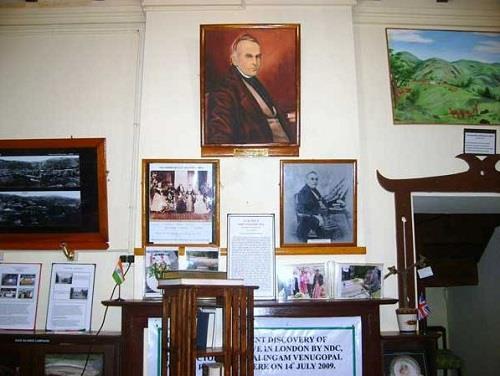 Inside John Sullivan's Memorial