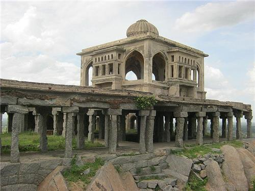 Forts and monuments in Krishnagiri