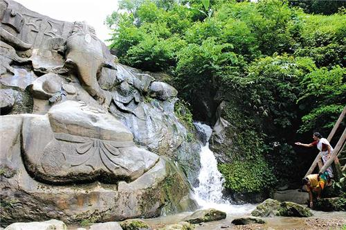 Unakoti Falls