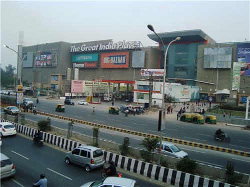 Best Shopping Mall in Uttar Pradesh.