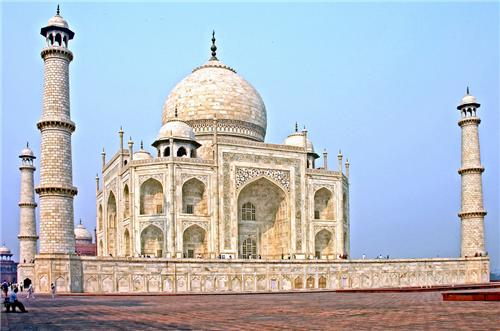 Famous Historical Monuments in UP