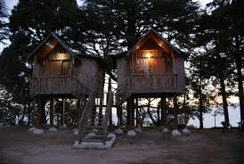 Tip N Top hut house in Lansdowne