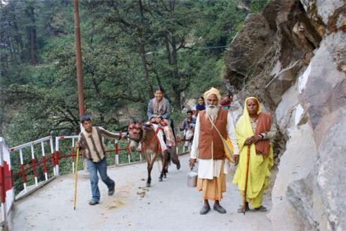 Char Dham Yatra from Muni Ki Reti