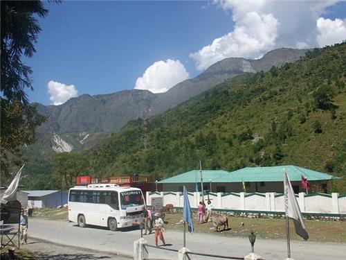 Transport Medium Available in Pipalkoti