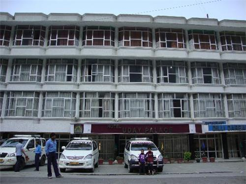 Best Accommodation Available for Selection in Pipalkoti