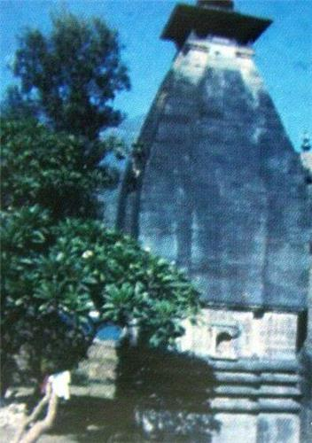 Ancient Temples inSrinagar