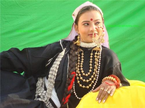 Costumes in Srinagar