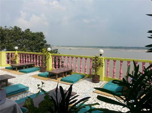 Romantic Restaurants in Varanasi