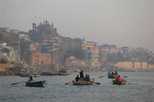 Alamgir mosque Varanasi Location