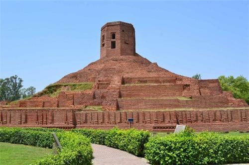 Chaukhandi Stupa Location