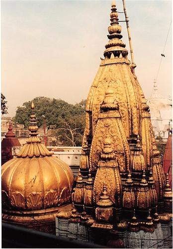 Kashi Vishwanath Temple in Varanasi Location