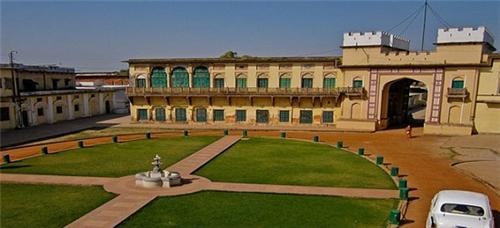 Inside View of Ramnagar Fort