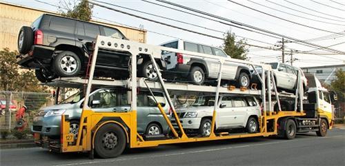 Transporter in Varanasi