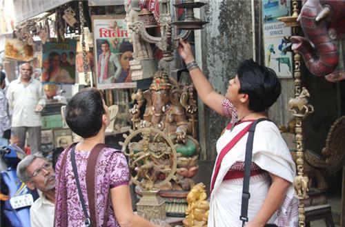 Shopping in Ashokenagar Kalyangarh