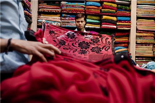 Shopping in Tarakeswar