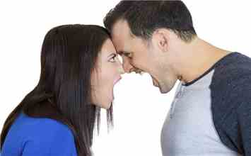 12 Silly Fights That Every Couple Experiences In A Live In Relationship!