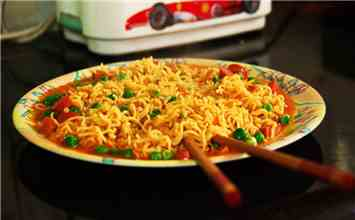 12 Scarier-Than-Horror-Flicks Situations That Would Come True If Our Beloved Maggi Is Completely Banned From India