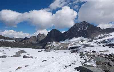 thamsar-pass-trek7