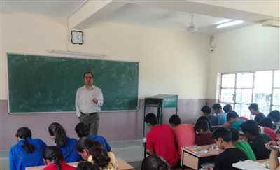 Ravi Singh Biology Classes