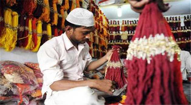 33-out-of-100-muslims-working-india