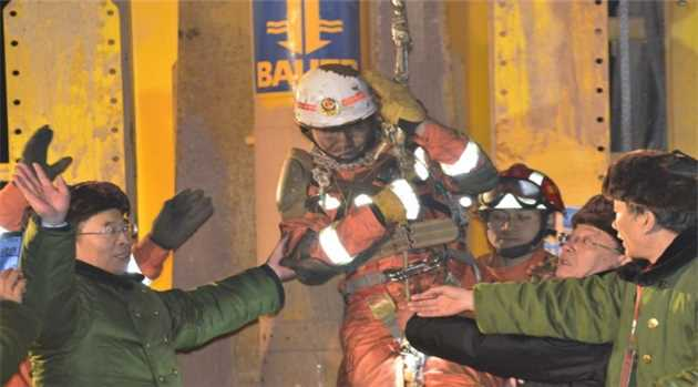 china_mine_rescue_after-36-days