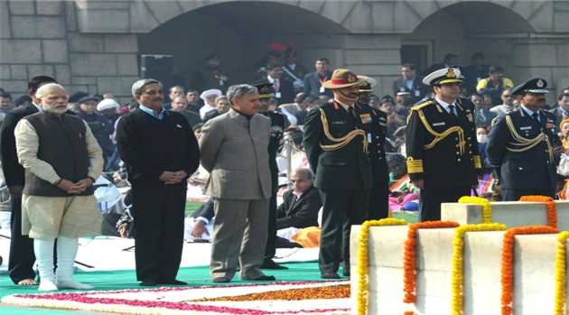 homage-at-the-Samadhi-of-Mahatma-Gandhi-on-the-occasion-of-Martyrs-Day-at-Rajghat