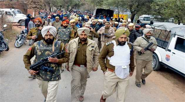 security-forces-undertake-combing-operations-gurdaspur