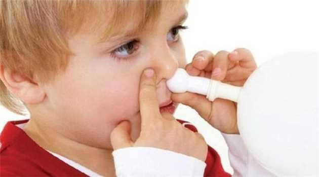 150728033306_blowing_balloon_nose_ear_glue_