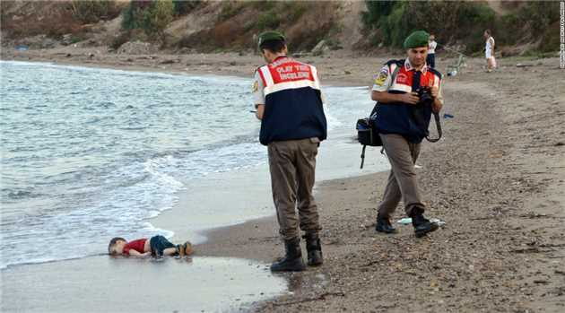 Images of drowned Syrian boy reveal migrant crisis