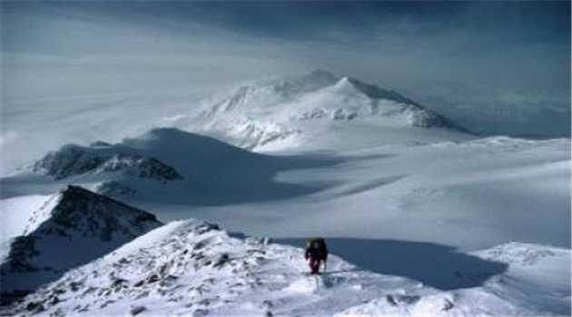 MtVinson_antarticas-highest-peak