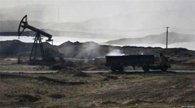 अमरीकी सेना ने आईएस के 238 ईंधन ट्रक तबाह किए