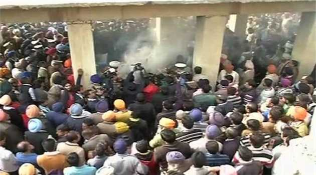 gurusewak-singh-cremated-haryana-pathankot-attack-HINDI-4-1-16