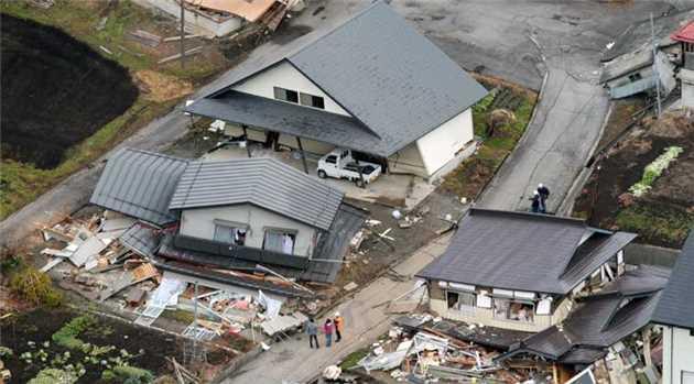 日本三天两场强震 28死1100人受伤 - 纽约文摘 - 纽约文摘