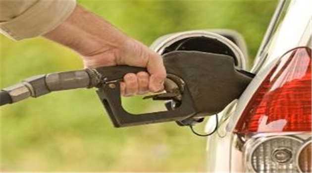Good News: आम आदमी को राहत, पेट्रोल 2.43 और डीजल 3.60 रुपए सस्ता