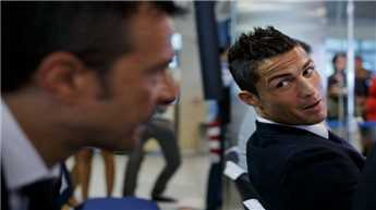 Ronaldo gifts agent Greek island as wedding present!