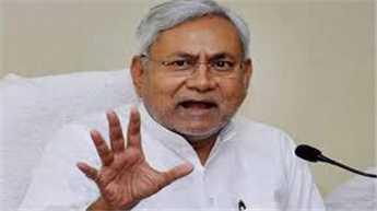 आरक्षण के मुद्दे पर क्यों चुप हैं प्रधानमंत्री : नीतीश