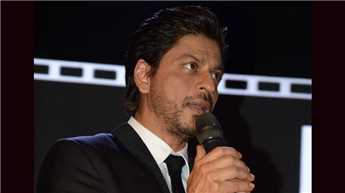 Thank you all for standing by me: SRK post-surgery